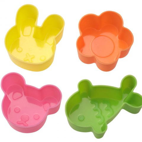 Animal-shaped silicon cups fit right into any bento box. Perfect for those loose food items like peas