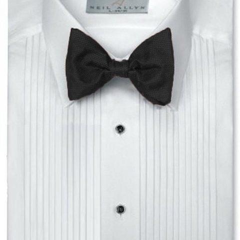 "Neil Allyn 1/4"" Pintuck (Pleat) Laydown Collar Convertible Front and Cuff Shirt"
