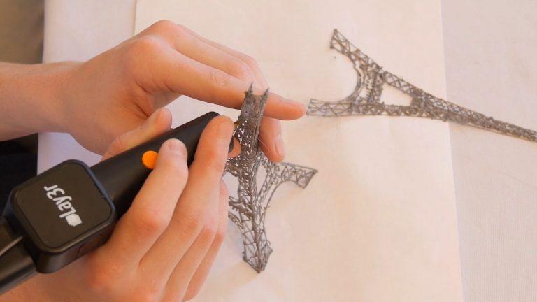 Lay3r 3D Drawing Pen (Includes 3-Spool of Filament Black