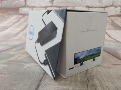 Perfect condition with ORIGINAL BOX and all accessories included as shown in pictures!Item Specifics: MPN : D1000UPC : 884116197669Compatible Brand : DellCompatible Model : DellPorts/Interfaces : USB 3.0Brand : DellModel : D1000Type : Laptop Dock - 5