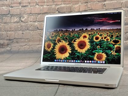 Very good battery with only 74 cycle counts. Featuring an Intel Core i7 2.4Ghz Processor with 16GB of RAM and a 750GB Storage (HDD). This system has been professionally tested and is in fully functional condition. For your help